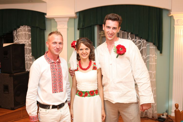 платье в украинском стиле.